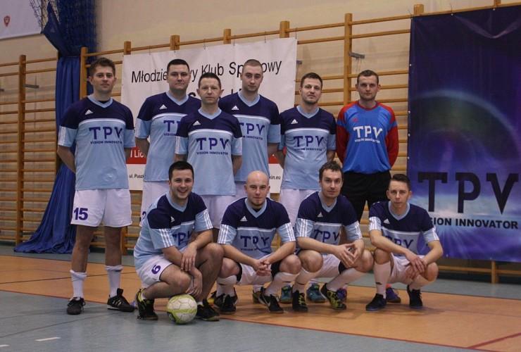 TPV Displays football team.